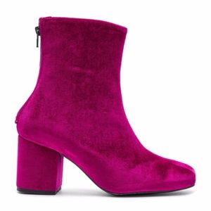 🆕 Free People Cecile Velvet Ankle Boot